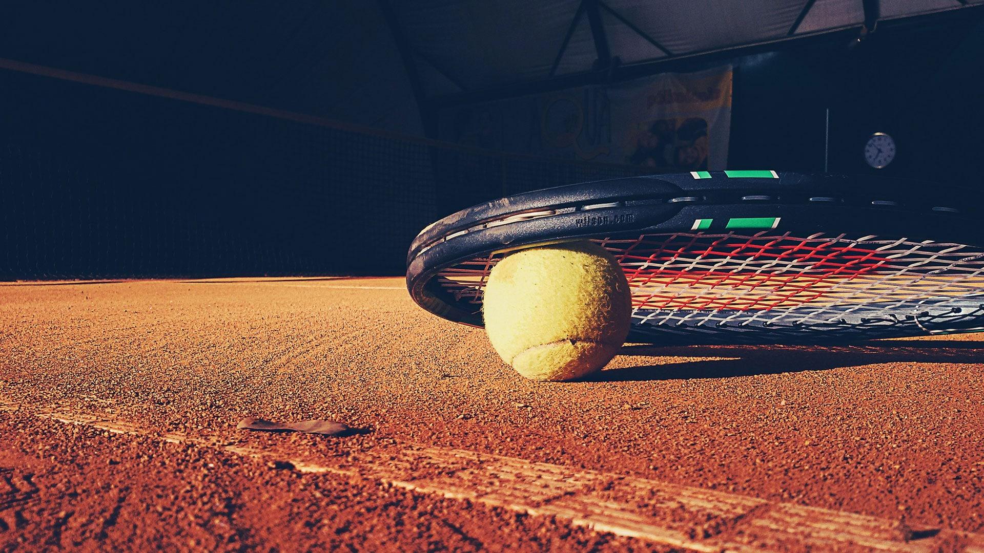 Tennis-Aktivitaeten